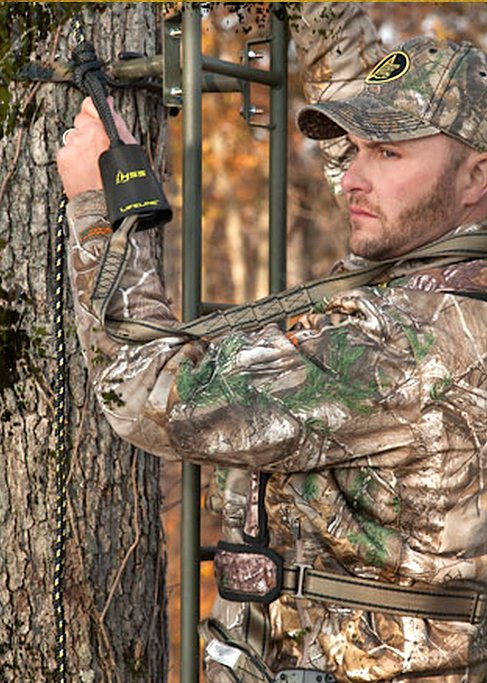 Six Life Saving Treestand Safety Hunting Tips