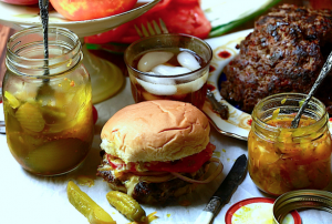 9 Great Venison Burgers Have Bacon, Garlic and a Secret